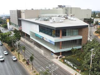Portal De Diez Centros comerciales de estilo moderno de Grupo Boru Hatti Moderno