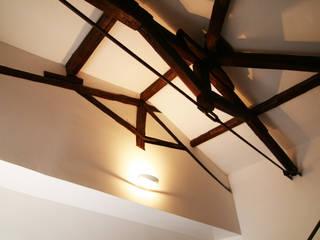 โดย Laura Pistoia architetto โมเดิร์น