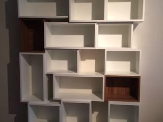 Projeto TCL - interiores/ marcenaria por RC|a+d Arquitetura Moderno
