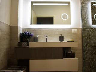 il bagno: Bagno in stile in stile Minimalista di Studio Tecnico Progettisti Associati Ing. Marani Marco & Arch. Dei Claudia