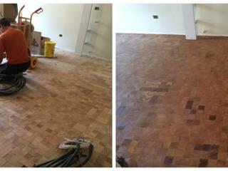 Soloparquet Srl Modern living room Solid Wood