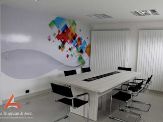 Aida tropeano& Asociados Office spaces & stores Engineered Wood Multicolored