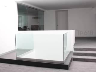 TP618 Couloir, entrée, escaliers modernes Aluminium/Zinc Blanc