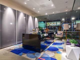 I Mostra Evviva Natal: Lojas e imóveis comerciais  por Tuanny Pinto Arquitetura & Interiores,Moderno