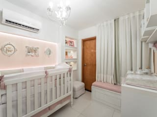 Quarto de bebê: Quarto infantil  por Tuanny Pinto Arquitetura & Interiores,Moderno