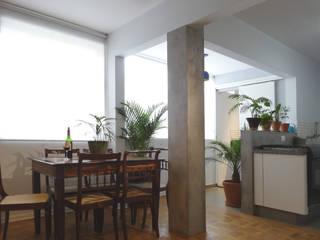 Projeto CFL - Reforma de apartamento / interiores Salas de jantar modernas por RC|a+d Arquitetura Moderno