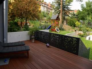 Einfamilienhaus Erfurt Moderner Balkon, Veranda & Terrasse von PlanKopf Architektur Modern