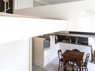 Moderne Esszimmer von Viú Architettura Modern