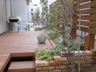 自身で彩りながら育てる。: GAZON~ガゾン~が手掛けた庭です。