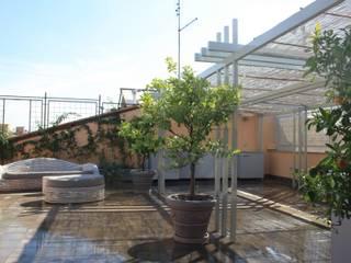 Mediterraner Balkon, Veranda & Terrasse von A3PAESAGGIO Mediterran