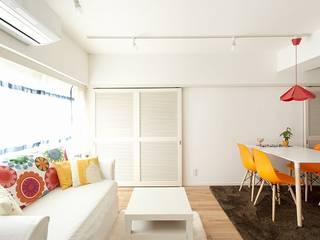 カラフルな色にこだわった快適空間: 株式会社スタイル工房が手掛けたです。