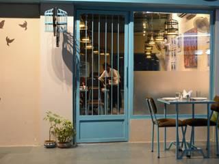 Pinjra Restaurant Modern hotels by Ashoka Design Studio, Jaipur Modern