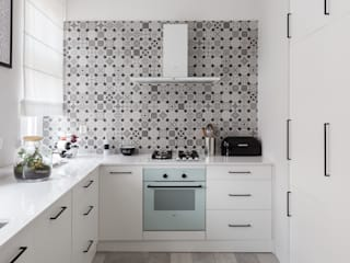55m2 mieszkanie : styl , w kategorii Aneks kuchenny zaprojektowany przez Grant Studio