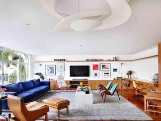 Projeto Rio de Janeiro Salas de estar modernas por Kika Tiengo Arquitetura Moderno