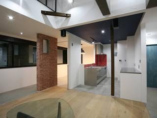 リビング キッチン: 吉田設計+アトリエアジュールが手掛けたです。