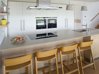 Modern kitchen by Homola furniture s.r.o Modern