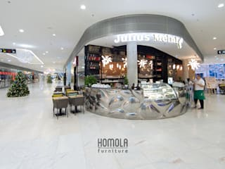 根據 Homola furniture s.r.o 隨意取材風