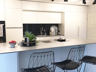 moderne Keuken door Langmayer Immobilien & Home Staging