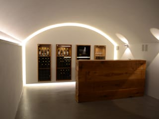 Holzmanufaktur Stuttgart Wine cellar Solid Wood