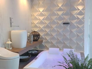 Modern style bathrooms by Guaraúna Revestimentos Modern