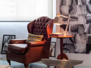 Apartamento tipo Loft São Paulo: Salas de estar  por Decoradoria