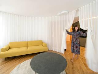 Living room by Garmendia Cordero arquitectos, Minimalist