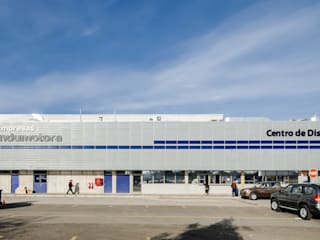 Car Dealerships by Bschneider Arquitectos e Ingenieros,