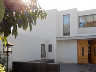 Nhà phong cách Địa Trung Hải bởi AtelierStudio Địa Trung Hải