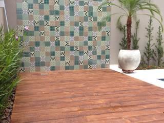 Área externa Piscinas modernas por Erlon Tessari Arquitetura e Design de Interiores Moderno