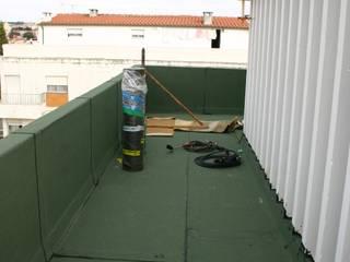 Impermeabilização: Terraços  por SMARTOBRAS