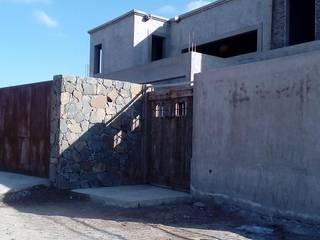 VIVIENDA UNIFAMILIAR Casas rústicas de CRUZAT ARQUITECTURA Y CONSTRUCCION Rústico