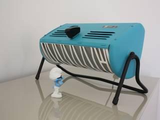 Lampe bleue design issue d'un ancien radiateur vintage Radiola des années 60. ArtJL MaisonAccessoires & décoration Métal Bleu