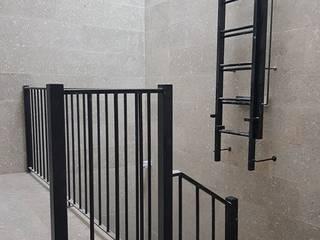 Reabilitação Edificio por PRINCA Moderno