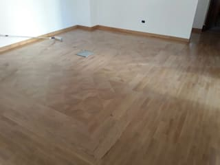 Soloparquet Srl Classic style living room Solid Wood