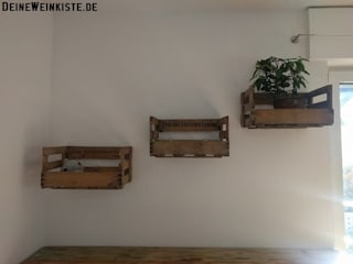 Johannes Hanke - DeineWeinkiste.de Living roomShelves Wood