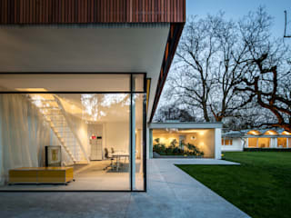 Bungalows by Corneille Uedingslohmann Architekten
