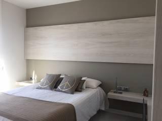 VIVIENDA R LA GARRIGA: Dormitorios de estilo  de inzinkdesign