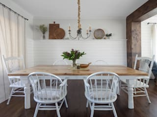 Rustic style dining room by Laura Medicus Interiors Rustic