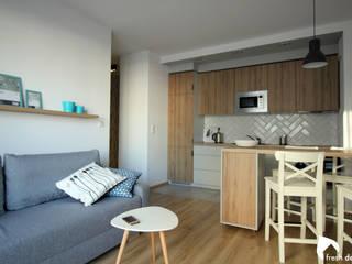 Projekt wnętrza mieszkania, Wrocław Skandynawski salon od Fresh design Skandynawski