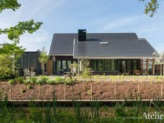 Moderne villa in Woudenberg van Architectenbureau Atelier3 Modern