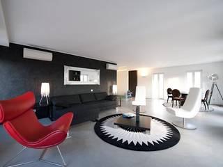 Richimi Factory Paredes y pisos de estilo moderno