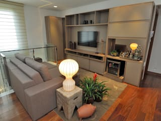 Gislene Soeiro Arquitetura e Interiores Ruang Keluarga Modern