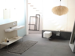 Mix of Bathrooms Industrial style bathroom by Papersky Studio Industrial