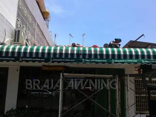 Braja Awning & Canopy Balkon, Veranda & TerrasseAccessoires und Dekoration Textil Mehrfarbig