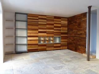 Estante e armário Jacinta:   por Respiga