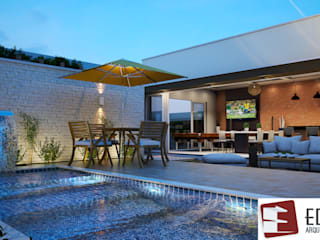 Área de Festas moderna com piscina raia.: Piscinas de jardim  por Edifica Arquitetura e Design