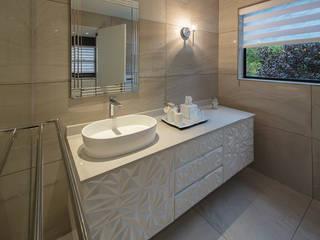 Modern bathroom by Spegash Interiors Modern