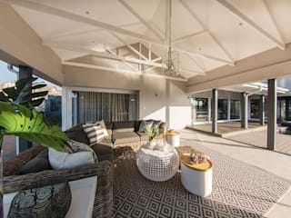 :  Patios by Spegash Interiors, Country