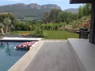 Conception d'un jardin a CASSIS 13260: Jardin de style de style Moderne par TOP PAYSAGES