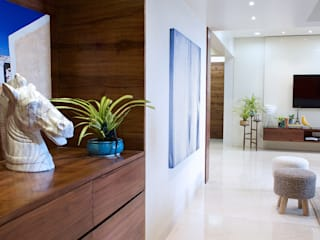 ZERO9 Modern Corridor, Hallway and Staircase Solid Wood White